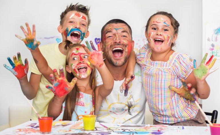 family painting activity